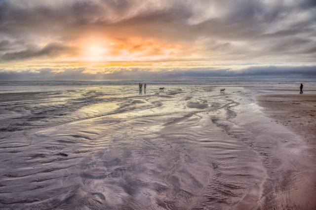 Enjoying Cannon Beach - Oregon's Pacific coast