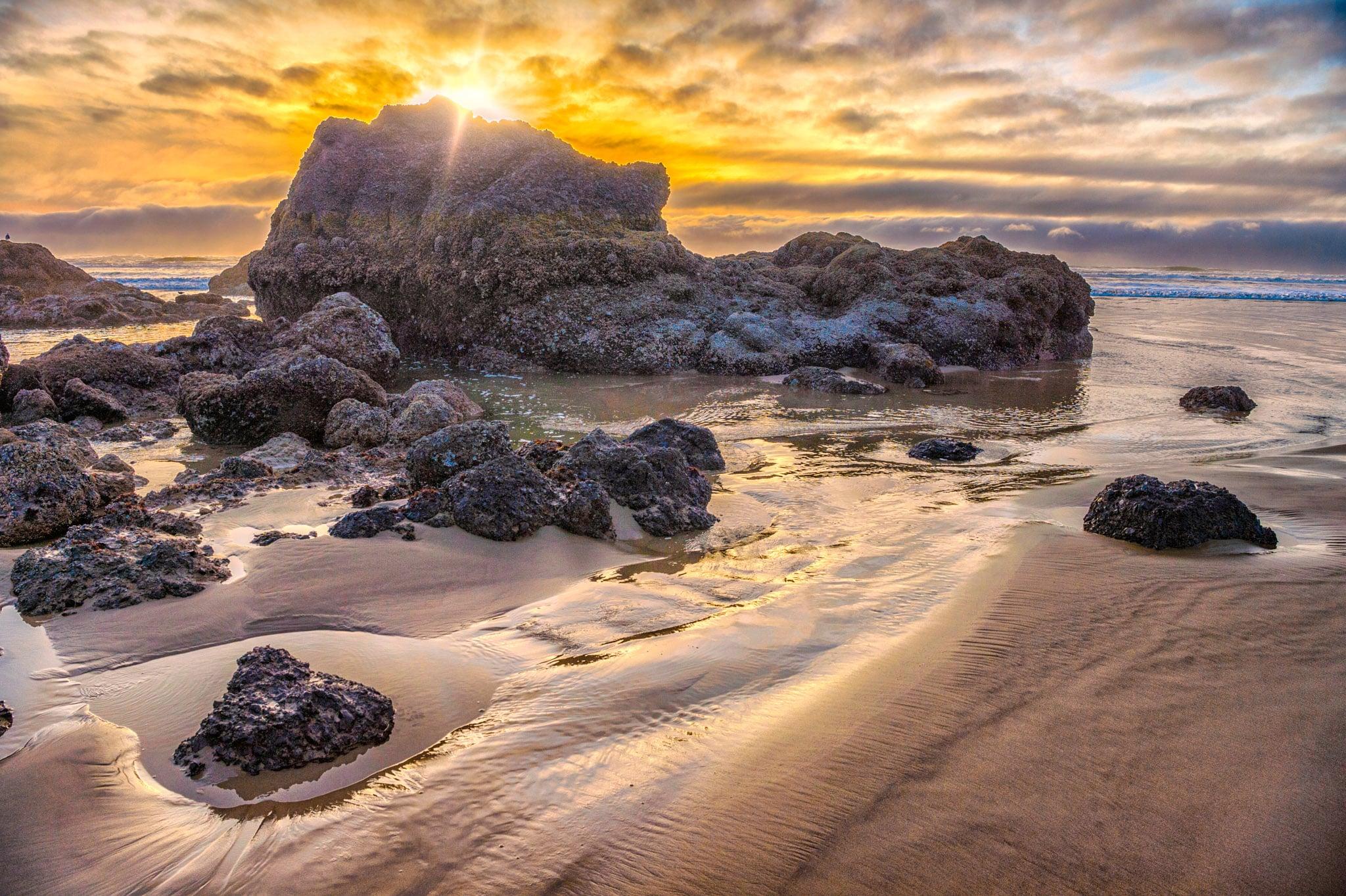 Cannon Beach Sunset - Oregon's Pacific coast