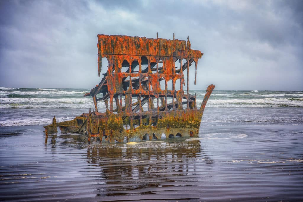 Peter Iredale Shipwreck - Oregon's Pacific coast