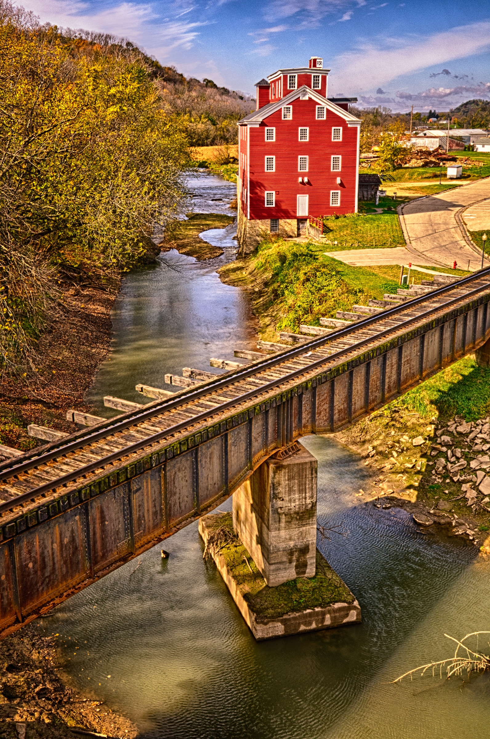 Potter's Mill in Bellevue, Iowa, along the Great River Road.