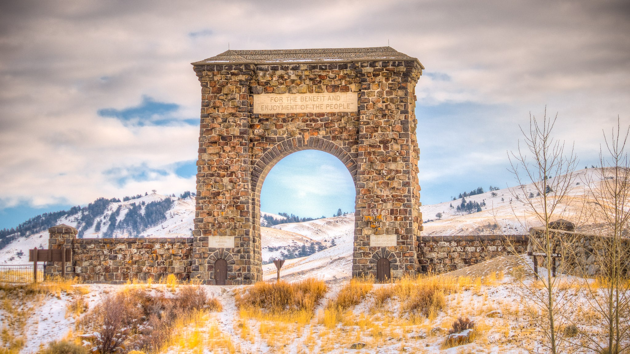 Archway that marked the original entrance to Yellowstone National Park, outside Gardiner, Montana.