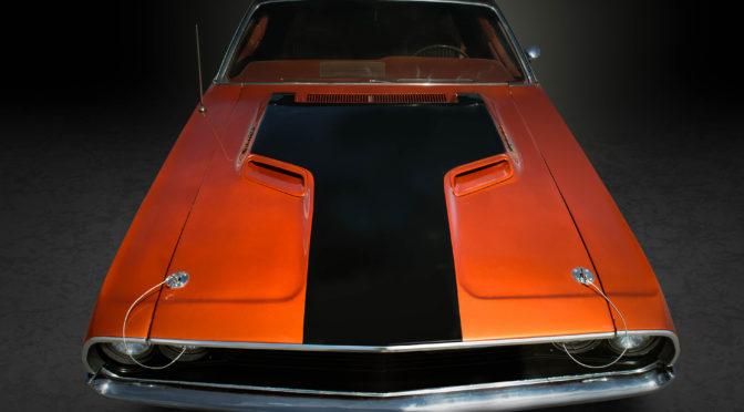 1970 Dodge Challenger R/T SE Hemi Article