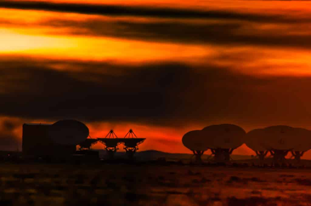 Antennae of the Very Large Array radio observatory, west of Socorro, New Mexico, at sunset.