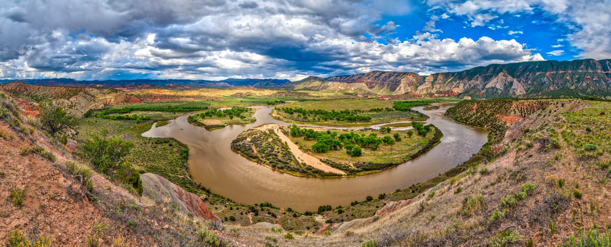 The Green River makes a horseshoe bend at Island Park in Dinosaur National Monument Utah.