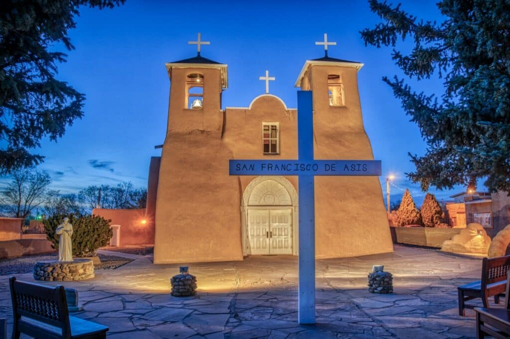 An evening view of theFrancisco de Asis Mission Church in Ranchos de Taos, New Mexico.