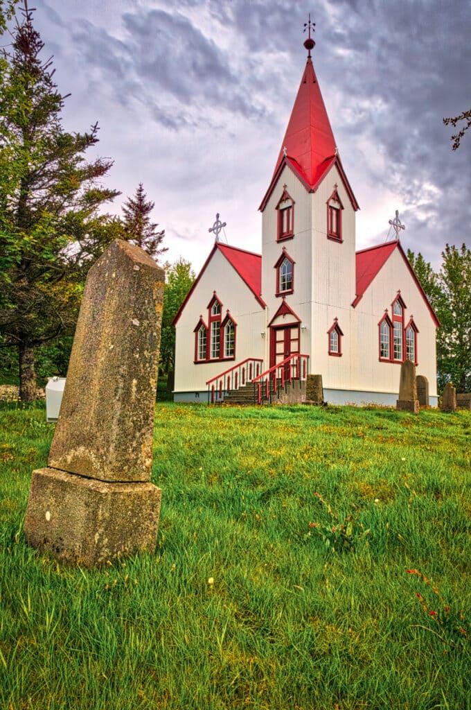 Breidabolstad Church is located in southwestern Iceland on a farm west of Hvolsvöllur near the Ring Road.
